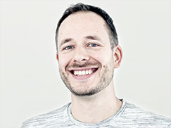 Karriere-Brunch Consulting: Portraitbild von Michael-Scherer, Key Account Management von e-fellows.