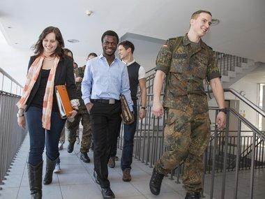 Bundeswehr Studium 1 Wirtschaft Studieren Bei Der Bundeswehr Wiwi